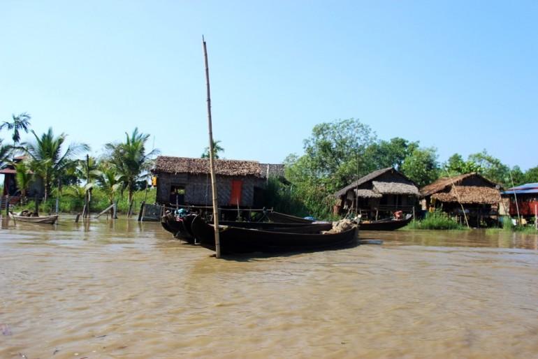 Bilu Kyun Ogre Island Myanmar Mawlamyine Boat