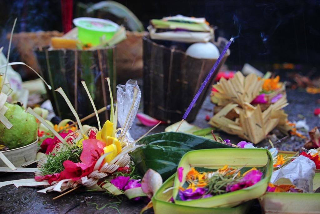 Offer Hinduism Bali