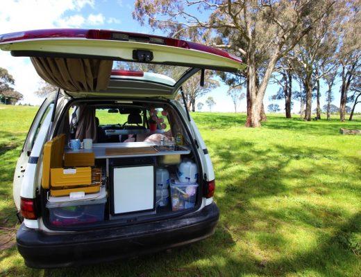 Roadtrip Australia minivan Toyota Tarago