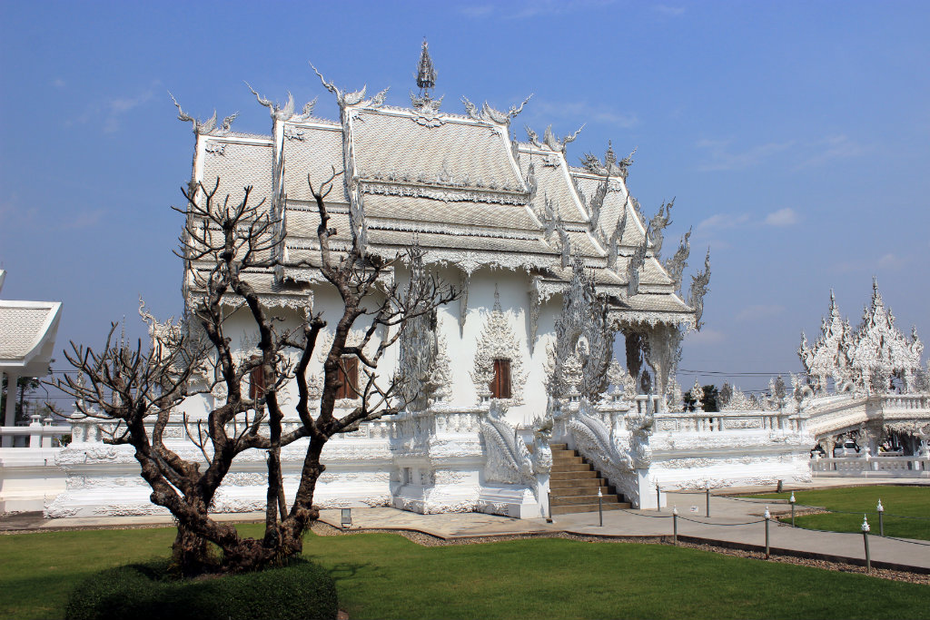 Reizen door Thailand, Wat Rong Khun, witte tempel Chiang Rai