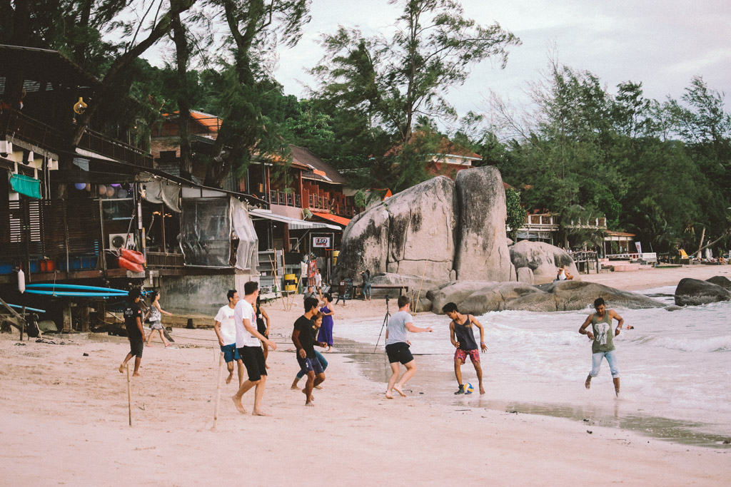 Koh Tao | Football | Thailand | Island | Budget | Island Life