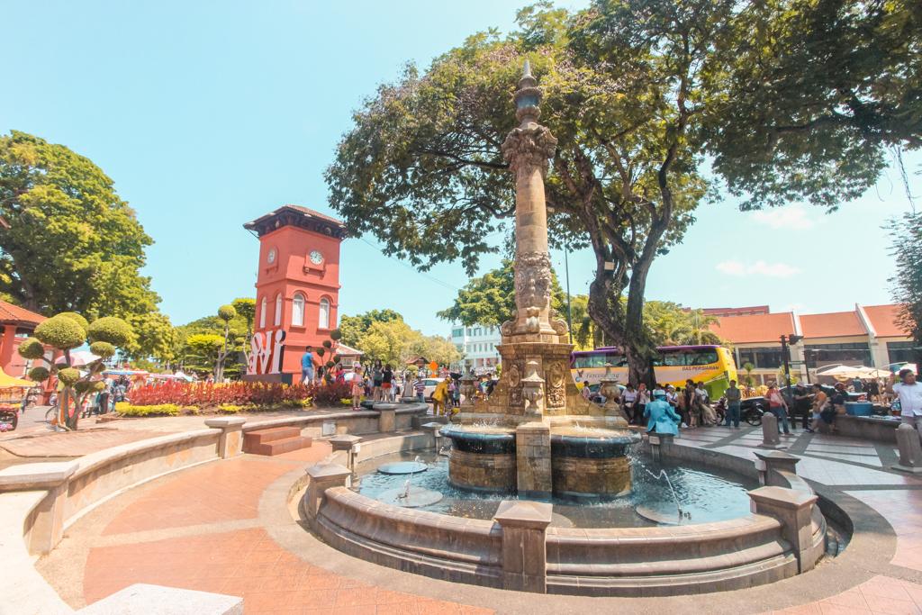 Rode Plein Melaka | Doen in Melaka | Dutch Square | Bezienswaardigheden Melakka | Melaka | Malakka | Malacca | Maleisië | Rondreis Maleisië | Zuidoost-Azië