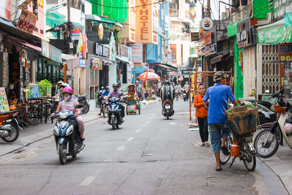 This Vietnam Itinerary for 4 weeks contain all the amazing places in Vietnam