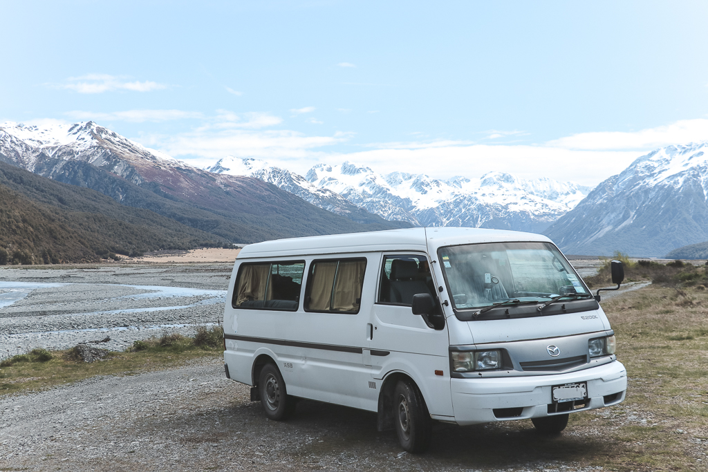 How to buy a backpacker car in New Zealand