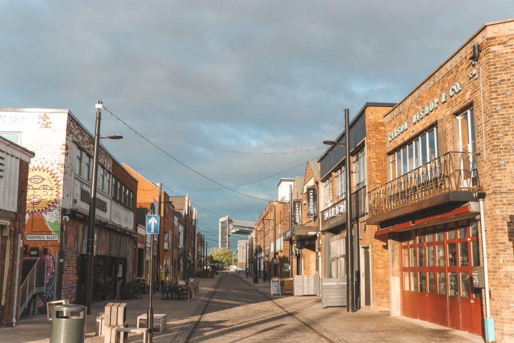 De stenen warenhuizen van Humber Street Hull