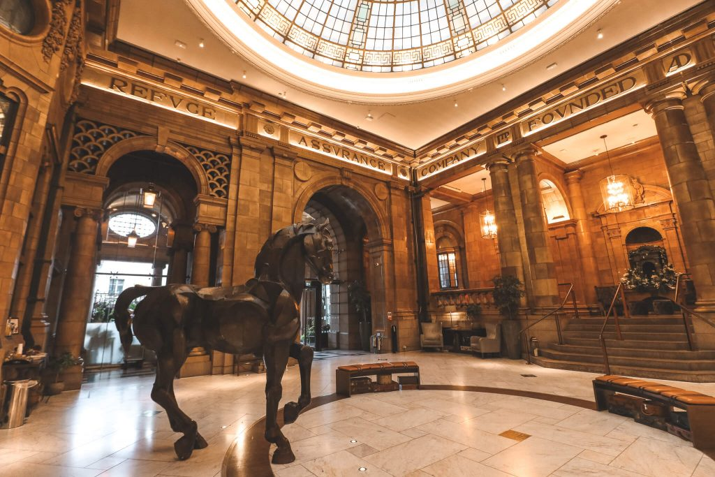 Klassieke hal van The Principal Hotel in Manchester