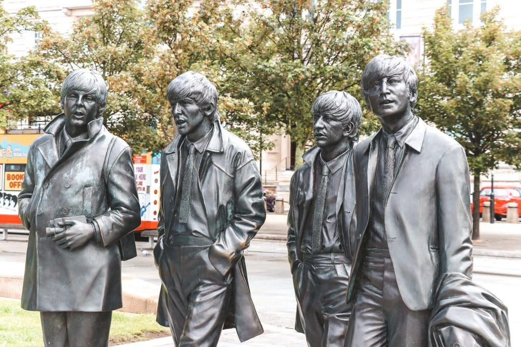 Standbeeld van The Beatles in Liverpool