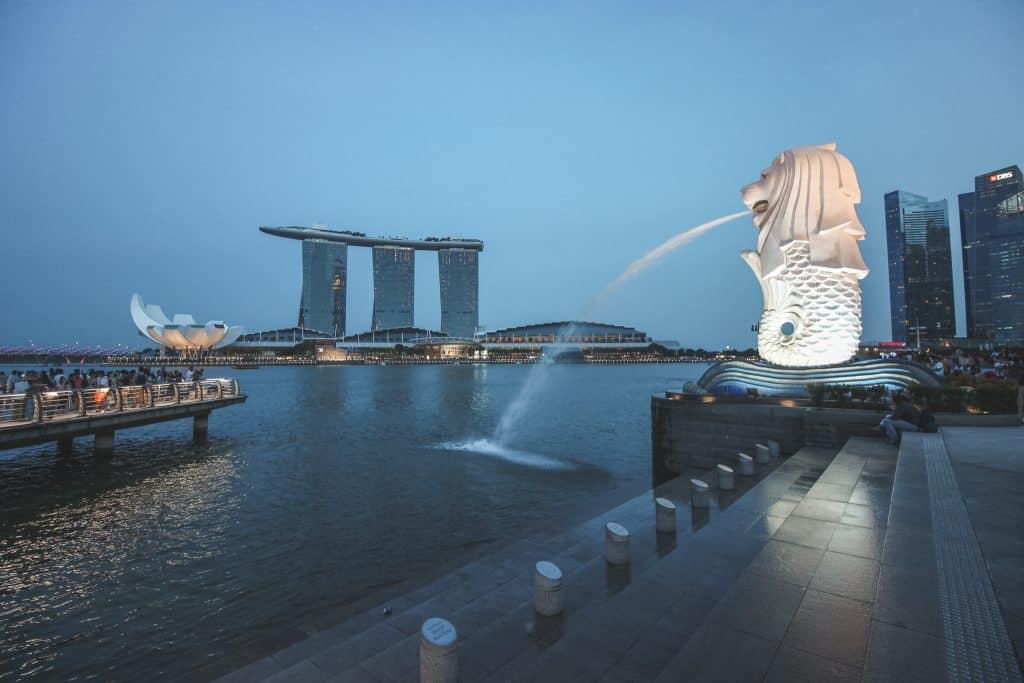 Merlion beeld van leeuw in Singapore