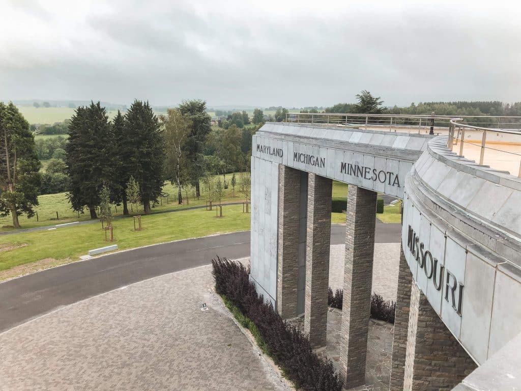 Uitzicht over bossen vanaf Memorial du Mardasson